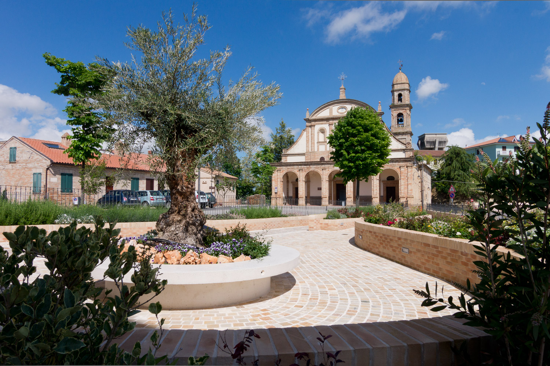 """A Monte Giberto """"battesimo"""" della Granfondo dei Tre Santuari del Fermano"""